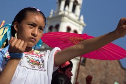 Desfile en Cherán K'eri, a tres años del levantamiento