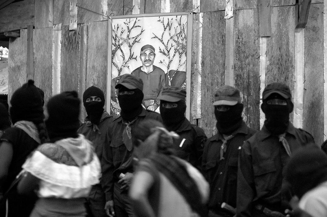 Retrato de un zapatista. Galeano fue sargento del EZLN, participó en el Consejo Autónomo de su municipio rebelde y fue docente en la Escuelita. Por su conocimiento y compromiso, era candidato a la JBG para el periodo 2014-2018.