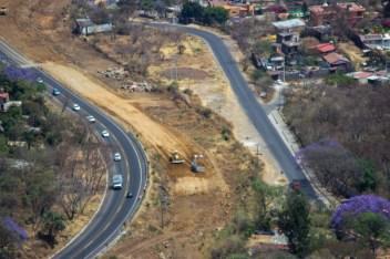 """Urbanización salvaje. El gobierno estatal pretende imponer la ampliación al igual que el """"plan integral Morelos""""."""