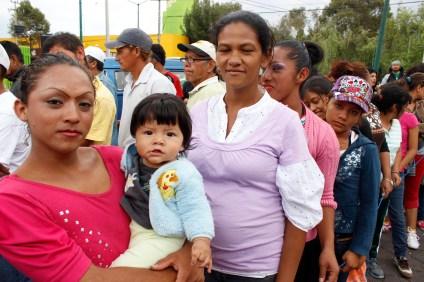 Mujeres y niños forman parte de la Caravana peregrinación. Foto: @itadelcielo