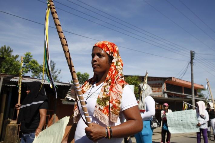 Mujeres del Corredor Puerto Vega-Teteye en el Putumayo Colombia, salen a las calles a pedir alto a las agresiones contra campesinos y campesinas.