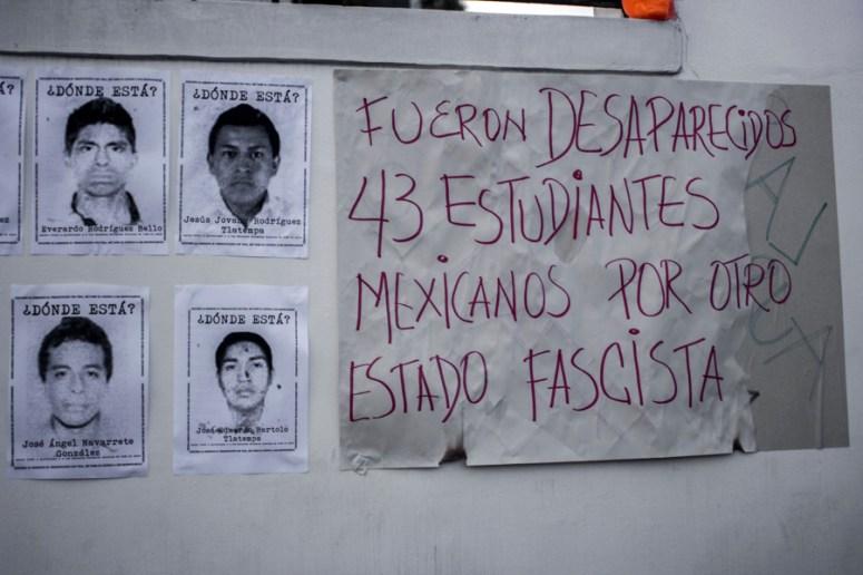 AyotzinapaQuito22102014-6