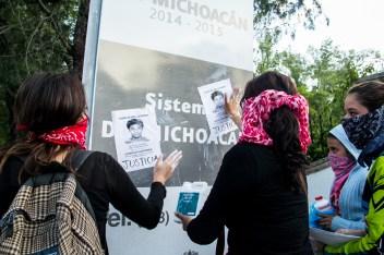 Marcha por desaparecidos de Ayotzinapa en Morelia - Alejandro Amado (8)