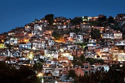 Rostros por Ayotzinapa: mirarlos de vuelta