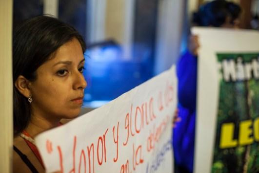 Denuncia de la muerte de Edwin Chota durante el Tribunal Internacional Ético sobre los Derechos de la Naturaleza. Foto: Juliana Bittencourt