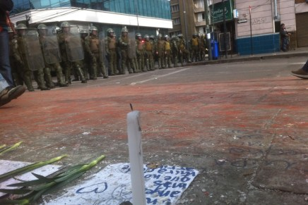 De la marcha del 21 en Chile o de los vasos rebalsados de la democracia