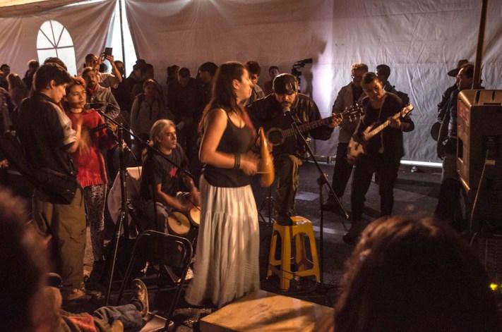 Algo de música para ambientar el ayuno. Fotografía: José Luis Santillán
