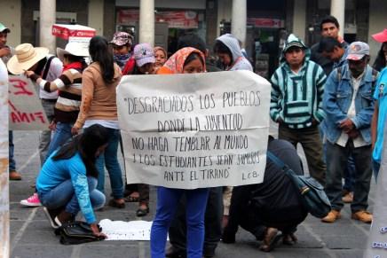 Comunidad universitaria y organizaciones sociales exigen reconocimiento para la Universidad Intercultural en Atliaca, Guerrero