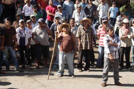 Ostula: Bloqueo por la liberación del comandante de la policía comunitaria Cemeí Verdía