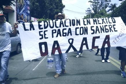 Magisterio, normalistas y familias de Amiltzingo contra la represión en Oaxaca