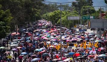 Oaxaca, Mega Marcha, 14 de junio del 2016. Foto: Renata Bessi y Santiago Navarro F.