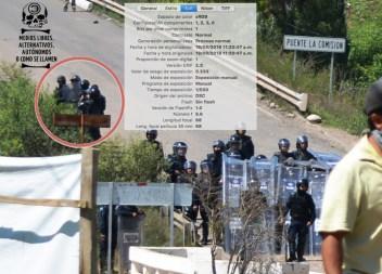 """[Foto 2] 11:20:47 a.m. Se ve al policía estatal de Oaxaca, José Luis Lazo Sánchez, junto a tres policías, el elemento de la parte inferior claramente se ve que está documentando con su teléfono celular, este es el momento exacto en que sucede lo que se ve en el vídeo que publicó el periodista Ciro Gómez cuando se escucha la voz diciendo """"PATRÓN, USTEDES SON DEL ESTADO VERDAD"""", entonces con estas pruebas se concluye plenamente que quien grabó dicho vídeo es un efectivo policial."""