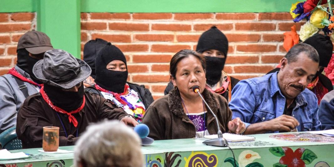 """15 de Abril 2017. CIDECI San Cristóbal de las casas. Chiapas. María de Jesús integrante del CNI hizo referencia a; """"Las mujeres zapatistas son un ejemplo desde el momento en que alzaron su voz."""" Menciono la lucha de las mujeres indígenas en Acteal, Tila, al sur de Veracruz, en Oaxaca, en San Pedro Tlanixco, Ostula, Cheran, Jalisco y las mujeres Kumiai quienes son las que llevan la delantera en sus comunidades. Además menciono que están también; """"las madres que luchan por que sus familiares aparezcan con vida y las feministas luchando por sus derechos y en contra de la violencia."""" Fotografía: José Luis Santillán."""
