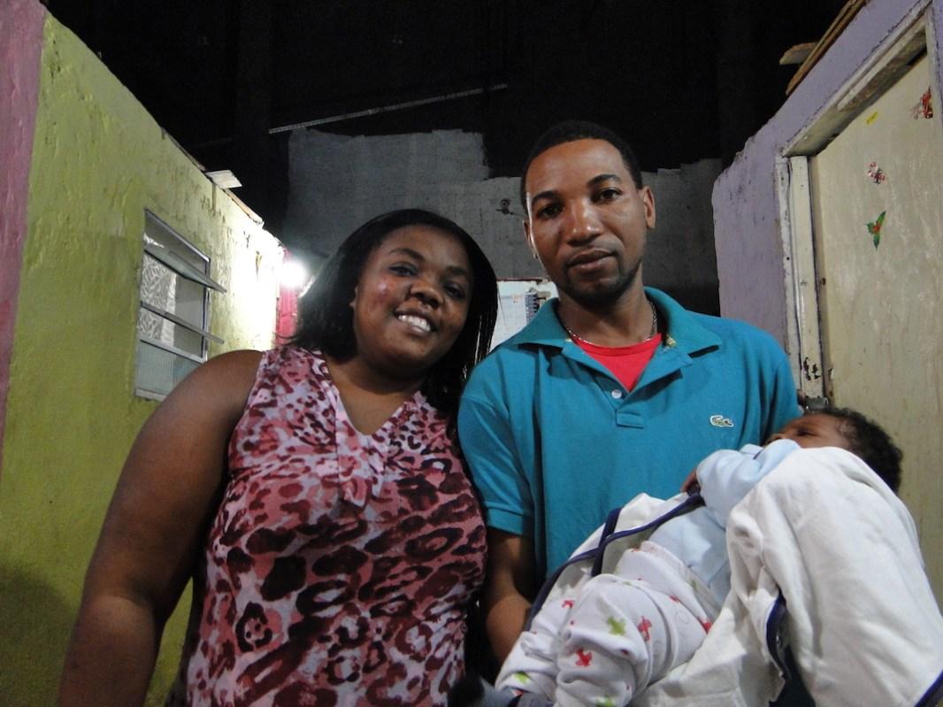 familia de haitianos hio brasileño_fotoRenata Bessi