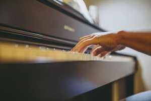 ピアノ画像