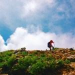 頂上間際の登山道画像