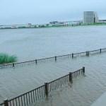 大雨洪水警報画像