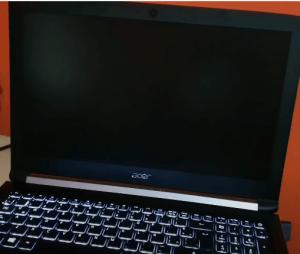 LCD Laptop Blank