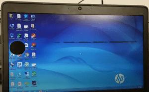 Layar Laptop Ada Bercak Hitam