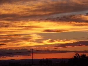 sunsets-14899_640