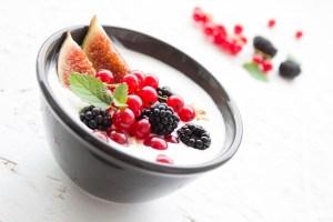 5 Makanan Yang Bisa Di Konsumsi Jika Ingin Menjadi Vegetarian susu keju yogurt successbeefore30 sukses usia muda
