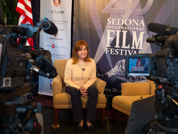 stefanie powers during interview image