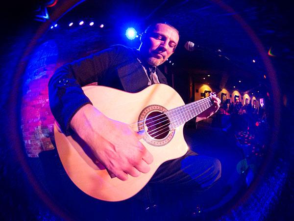 eric miller guitar image