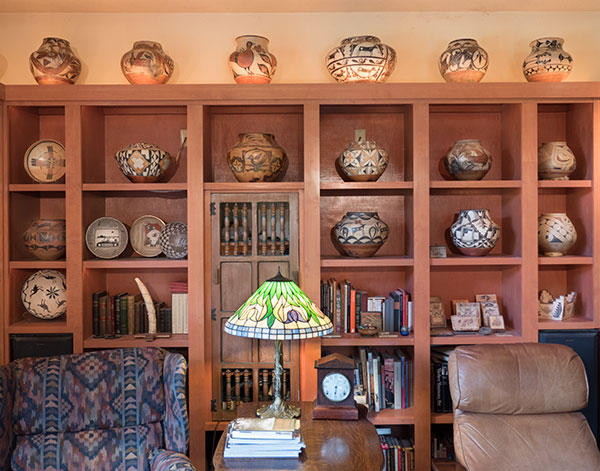 room image with pottery