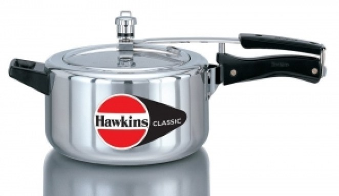 Hawkins Classic Aluminum Pressure Cooke (4.0 Liter):