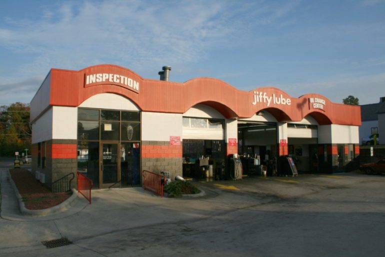 jiffy lube, company profiles, jobs for felons, does jiffy lube hire felons