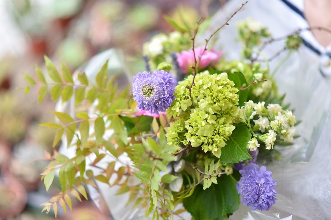 有肉插花課程by查查花 紫色花束與綠色繡球花