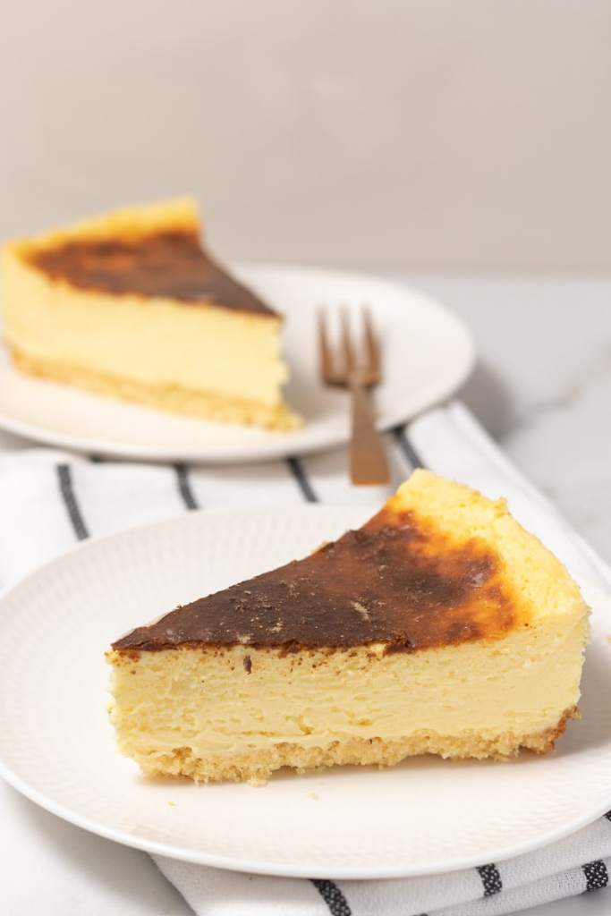 Low carb keto cheesecake.
