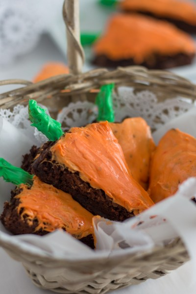 Carrot-Shaped brownies in an Easter basket.