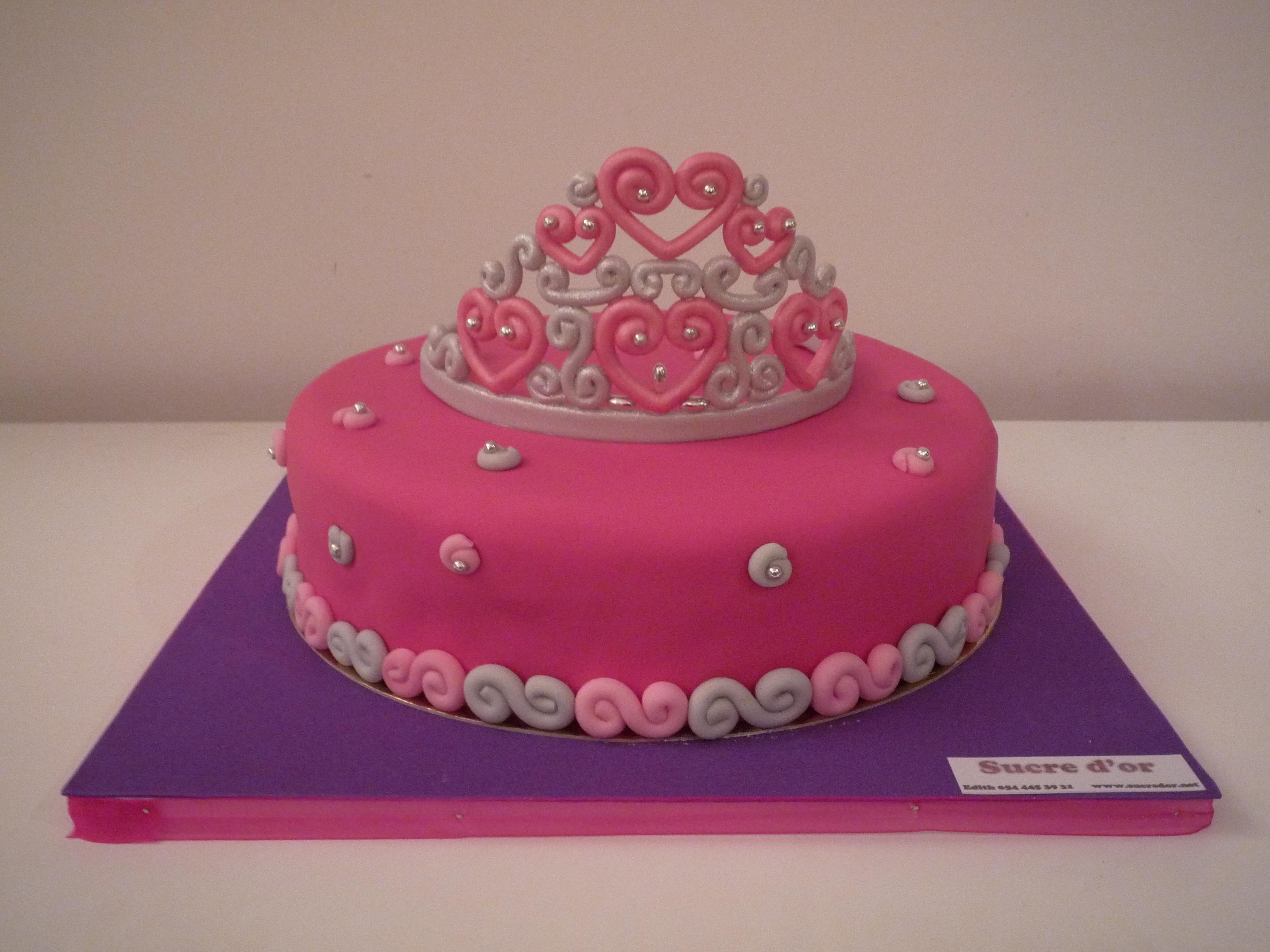 The Tiara Cake