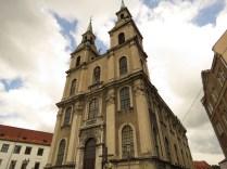 Fasada kościoła Podwyższenia Krzyża Św.