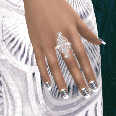 gdit-louise-nails-and-ring-2
