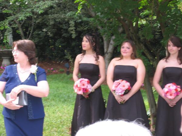 Sue-Leigh's Mom, Thuy, Lisa, Ariel