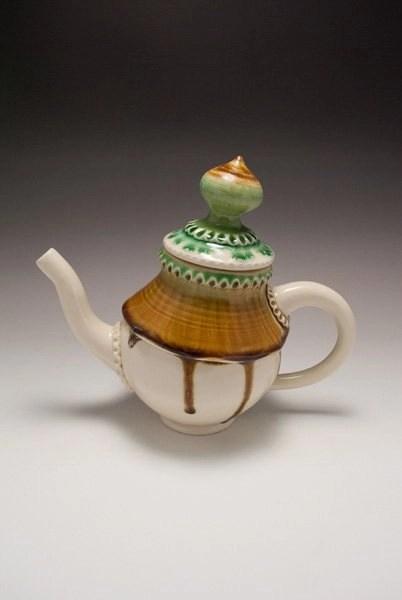 suemcleodceramics-1080w-teapots-3066
