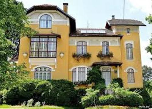 manor houses3
