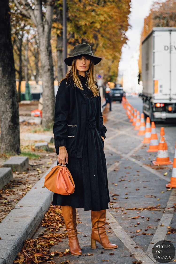 Caroline-de-Maigret-by-STYLEDUMONDE-Street-Style-Fashion-Photography20190930_48A5705.jpg