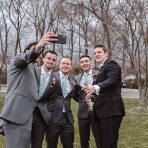 groom-selfie-suessmoments
