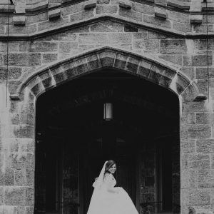 whitby-castle-wedding-photographer-bride-suessmoments