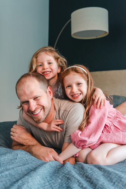 NYC-BROOKLYN-PHOTOGRAPHER-FAMILY-PHOTOS-SUESSMOMENTS-DADDYS-GIRLS