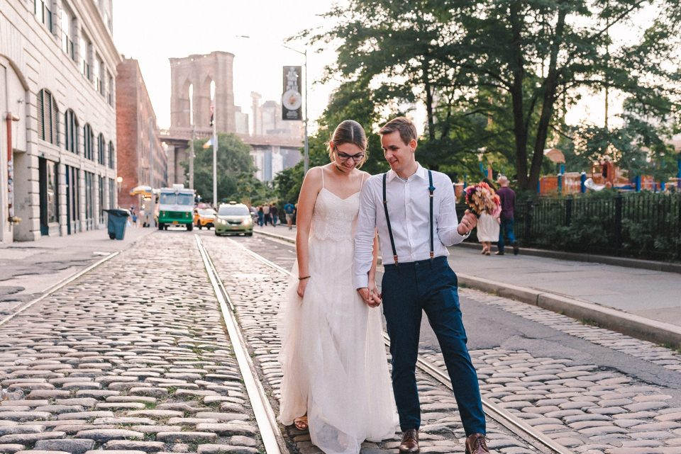 how-to-get-married-in-dumbo-brooklyn-suessmoments