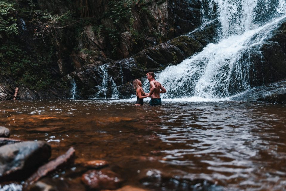 indian-brook-falls-engagement-photos-suessmoments