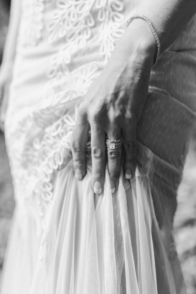 black-and-white-ring-photo-suessmoments
