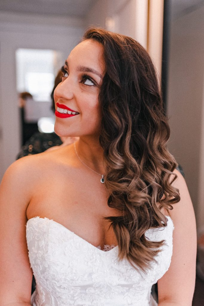 red-lips-wedding-bride-makeup-glam-nyc-photographer-suessmoments