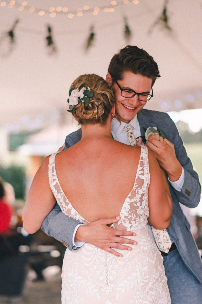 first-dance-candid-suessmoments-wedding-photographer-new-york