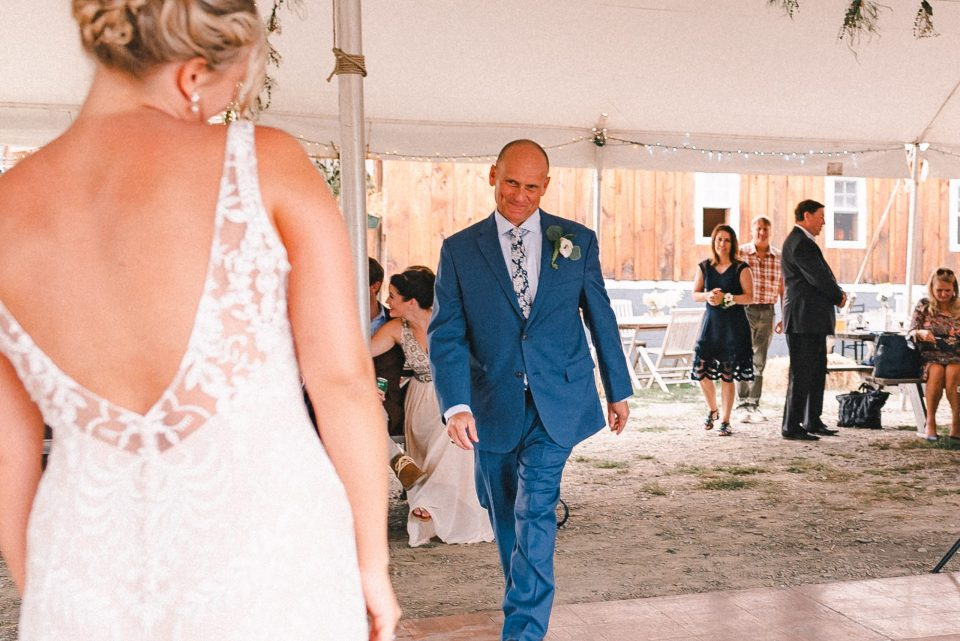 first-dance-father-of-bride-suessmoments-cute-happy