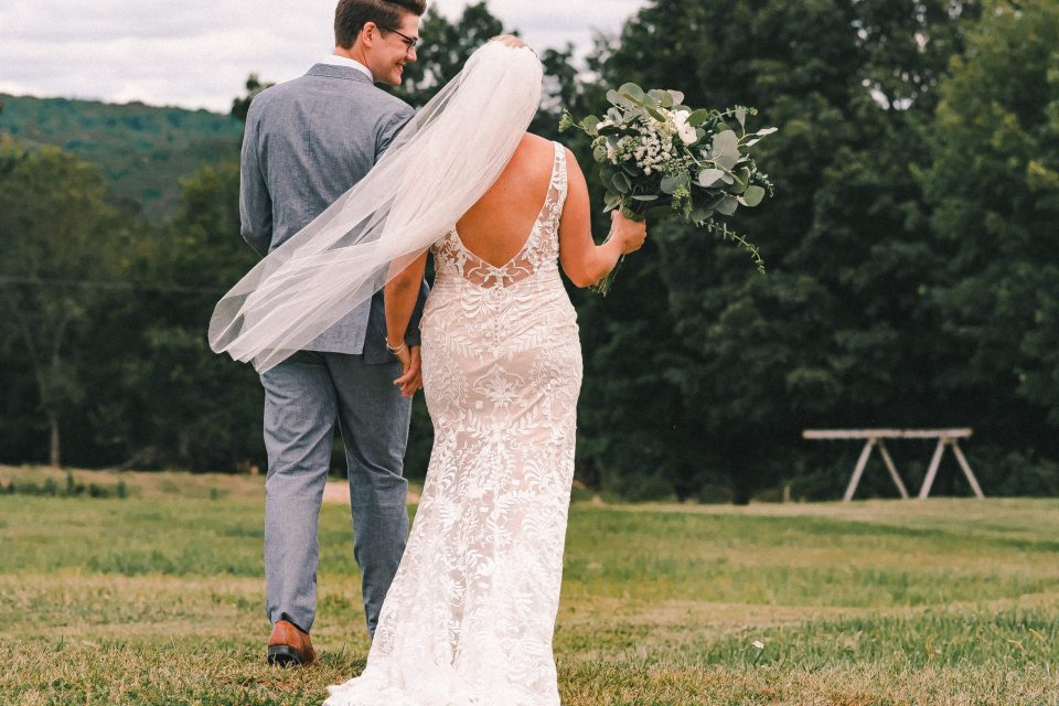 bhldn-back-of-boho-wedding-dress-suessmoments